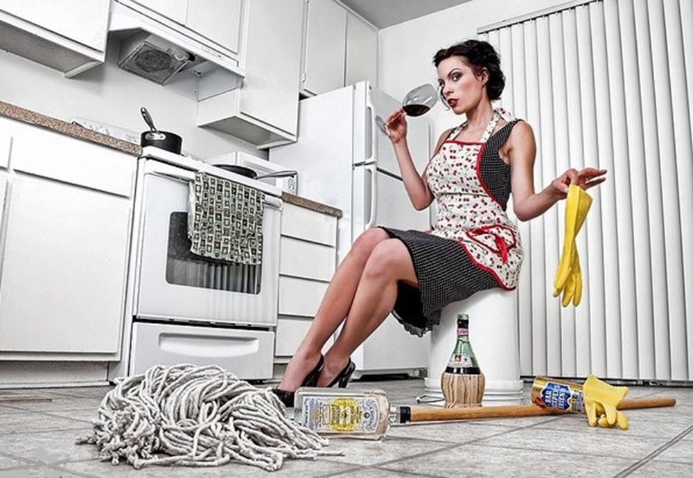 Для флэш, смешные картинки девушек в уборке